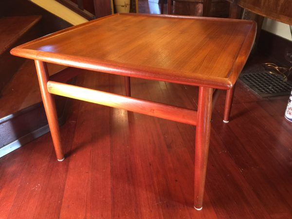 SOLD – Grete Jalk Square Coffee / End Table