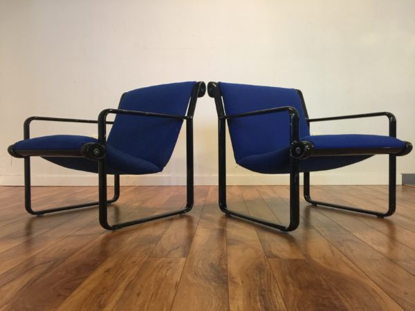 SOLD – Pair Vintage Knoll Chairs