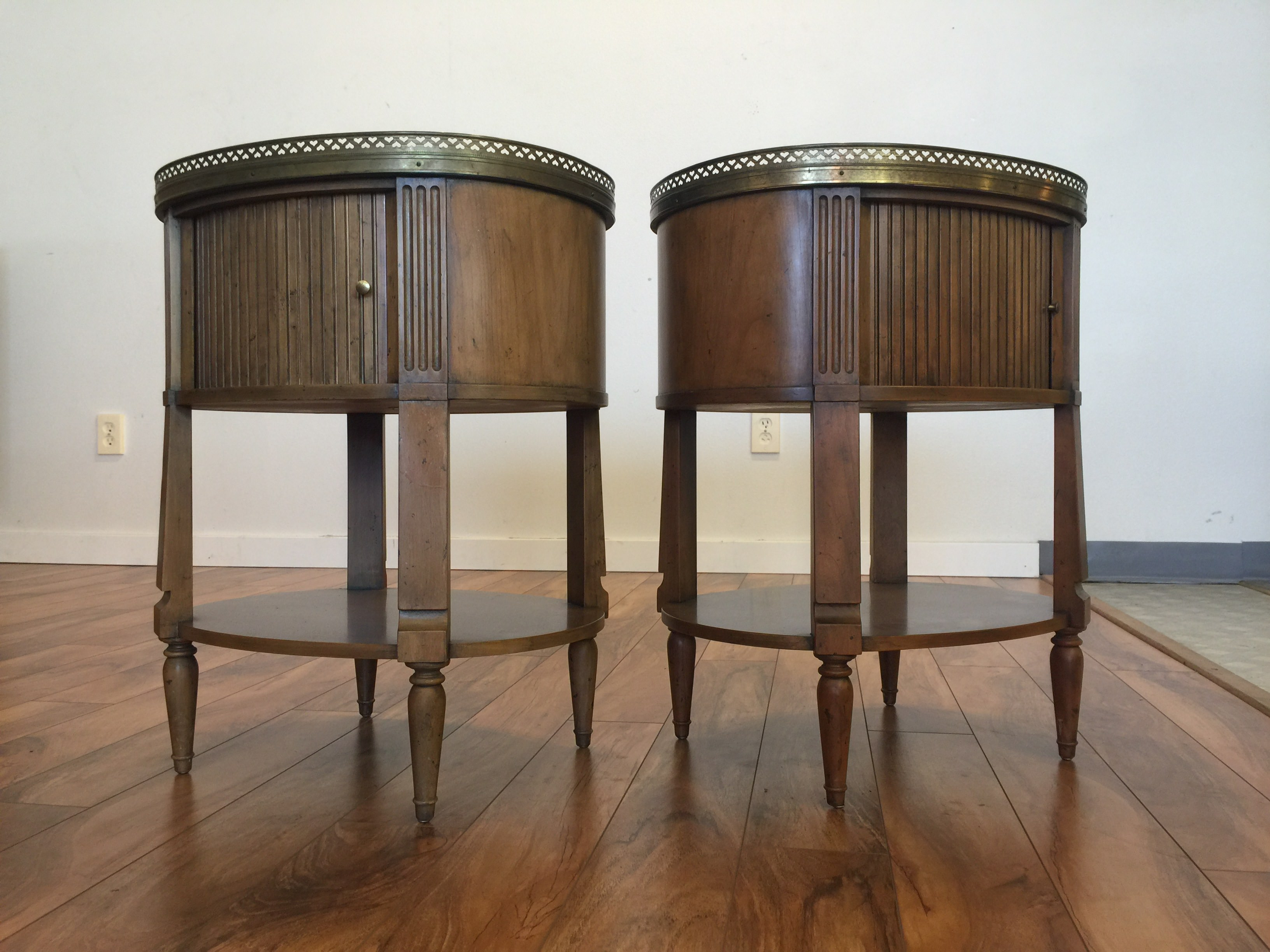Sold Pair Baker Furniture End Tables Nightstnds