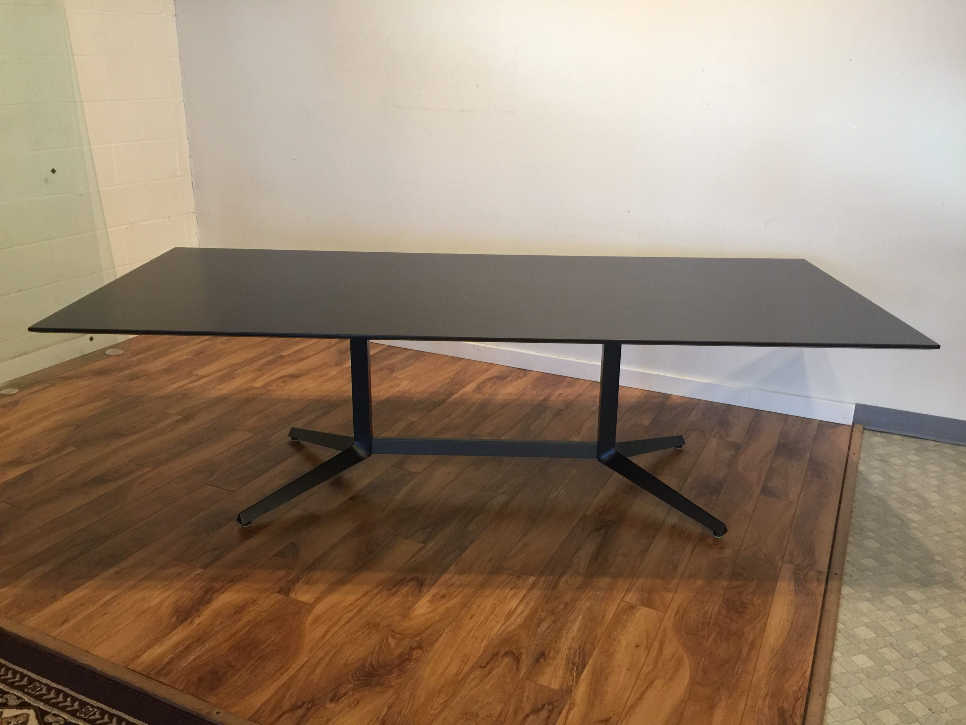 sold  knoll autostrada conference  dining table  modern