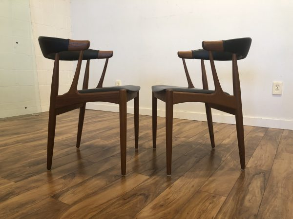 SOLD – Pair of Johannes Andersen for BRDR Dining Chairs