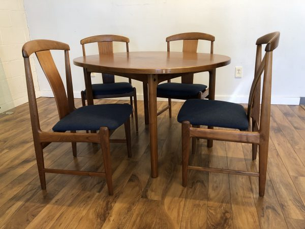 SOLD – Vintage Dux Dining Table with 4 Chairs