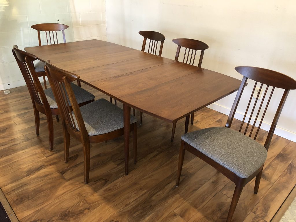 Sold Broyhill Mid Century Dining Set Modern To Vintage