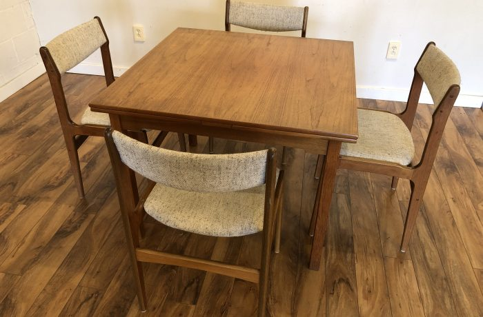 Sold Danish Teak Dining Table 4 Chairs Modern To Vintage