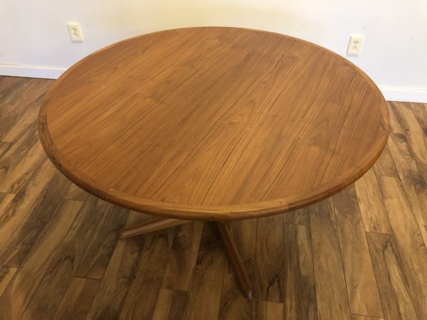 Skovby Round Expandable Teak Dining Table – $995