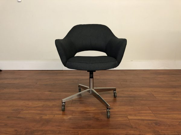 Knoll Saarinen Vintage Executive Office Arm Chair – $1195