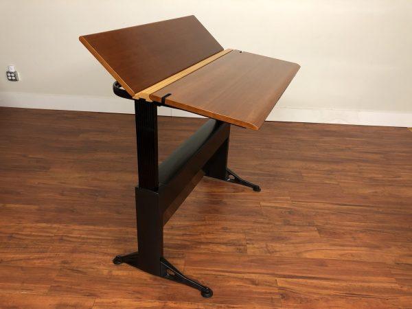 SOLD – Geoff Hollington Relay Sit & Stand Desk