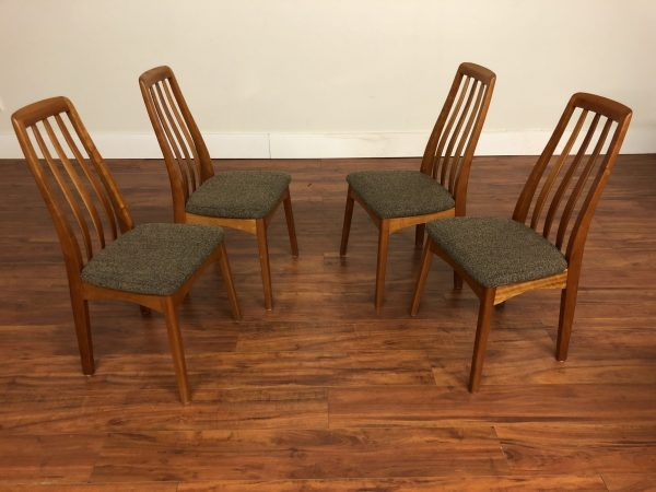 SOLD – Benny Linden Cherry Dining Chairs Set of 4
